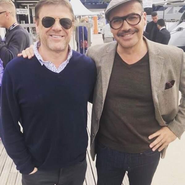 Depuis son passage dans Game Of Thrones, l'acteur anglais cartonne. Ici (à gauche) fin 2018 avec Billy Zane…