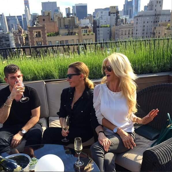 Pendant ce temps, Victoria Silvstedt était à New York