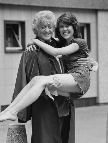 Jon Pertwee (1970-1974), le 3ème Doctor Who, et Elisabeth Sladen (qui joue la journaliste Sarah Jane Smith)