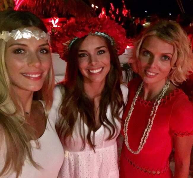 ... Camille Cerf, Sylvie Tellier et Marine Lorphelin à Tahiti...
