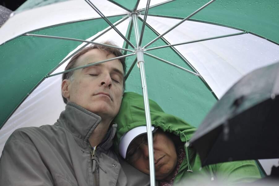 ou sous un parapluie...