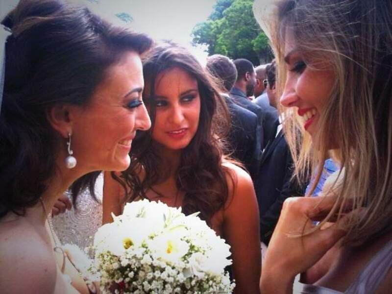 La mariée était au petit soin avec ses copines...