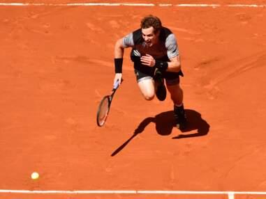 Roland-Garros insolite : Ana Ivanovic et son shorty fleuri, le strip-tease de Tsonga