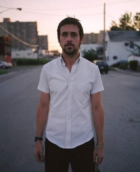 Il ne donne pas de cours de charme, mais Ryan séduit lui-aussi, dans Half Nelson (2007), en tant que prof au lycée