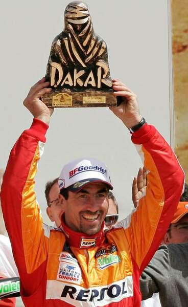 En 2006, il remporte le rallye Dakar