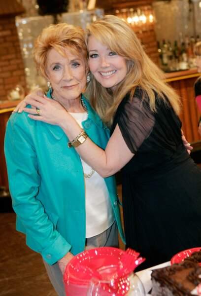 Katherine (Jeanne Cooper) et son amie de toujours Nikki Newman (Melody Scott Thomas).
