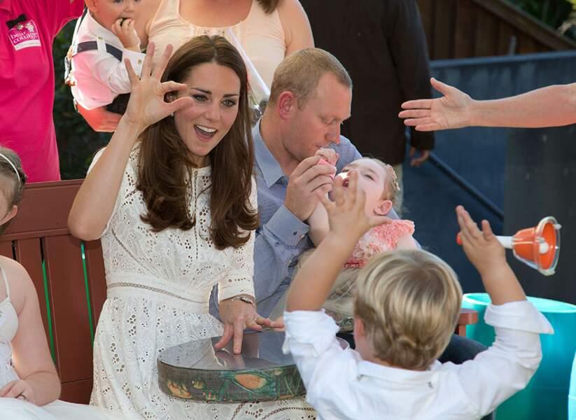 On ne traduira pas ce que dit Kate à cet enfant, c'est trop méchant !