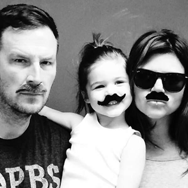 Moustache family, happy family