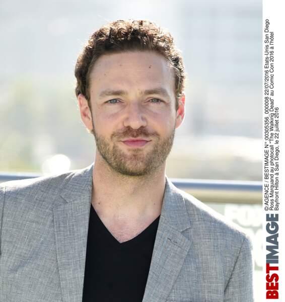 Et Ross Marquand (Aaron). Un petit air de Justin Timberlake sur cette photo, non ?