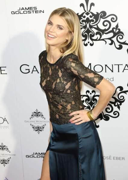 La sublime actrice a tenu pendant 5 saisons la vedette de 90210 : Beverly Hills, nouvelle génération.