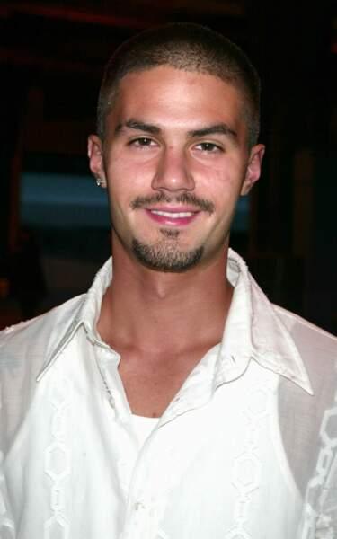 Il était joué par Adam LaVorgna, vrai petit ami de Jessica Biel jusqu'en 2011. Sa carrière est au point mort.