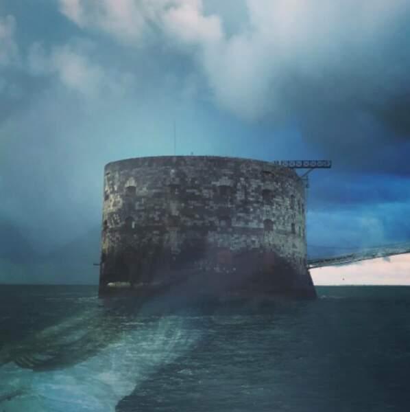 Il y a plusieurs semaines, Olivier Minne a débarqué sur le Fort pour les préparations des tournages...