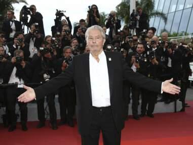 Cannes 2019 : Alain Delon et sa fille Anouchka Delon bouleversés d'émotion sur les marches