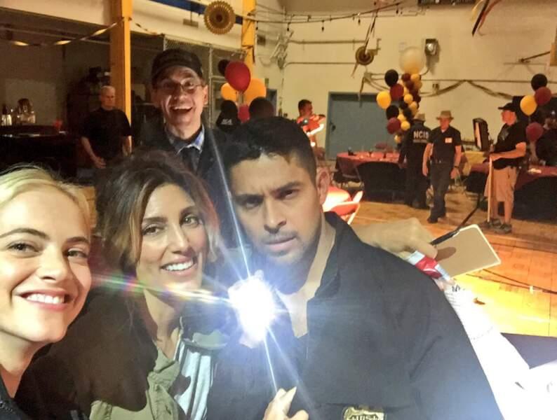 Palmer voulait aussi être sur la photo avec Bishop, Quinn et Torres