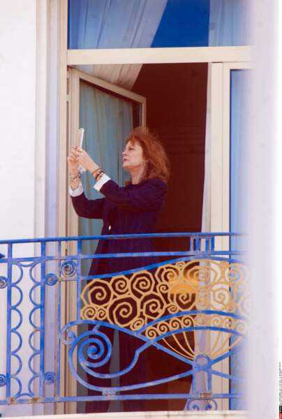 Susan Sarandon on the balcony of her hotel