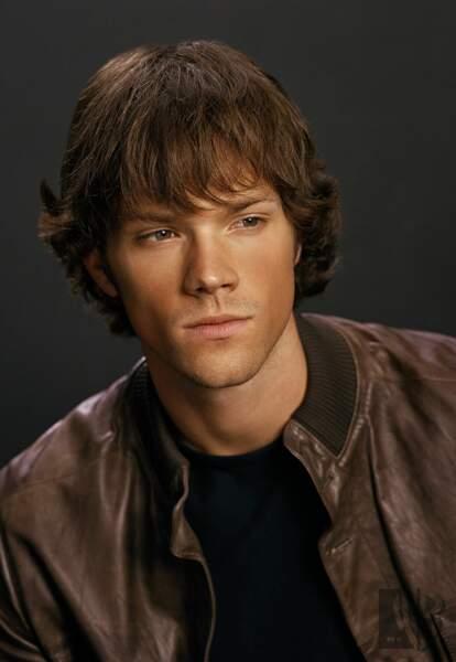 Jared Padalecki, 23 ans à l'époque de la première saison de Supernatural, incarne le jeune frère Sam Winchester
