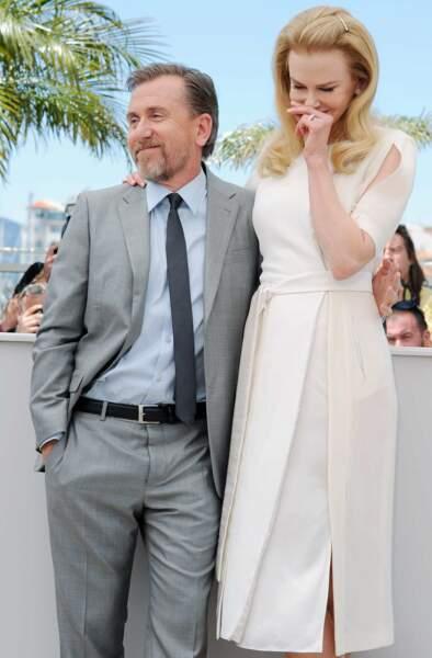 Nicole Kidman (qui incarne Grace Kelly) émue à côté de Tim Roth (le prince Rainier)