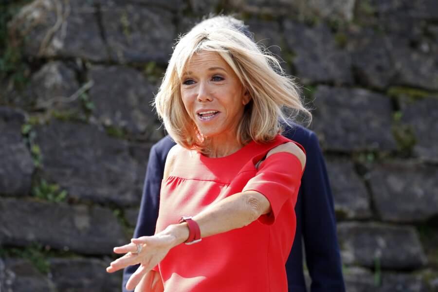 Brigitte Macron portait haut les couleurs du Pays basque ce dimanche 25 août pour la visite d'Espelette