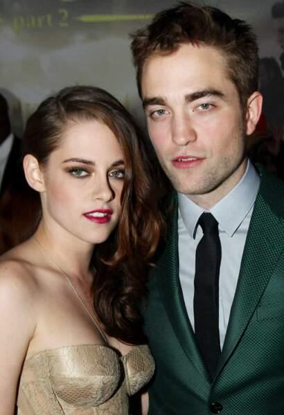 Stars de Twilight, Kristen Stewart et Robert Pattinson étaient en couple à l'écran et à la ville de 2009 à 2012.