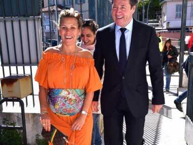 Laura Tenoudji enceinte et magnifique pour aller voter !
