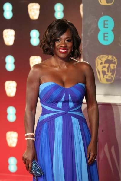 Avec sa robe bleue, Viola Davis (Suicide Squad, Fences) a elle aussi fait sensation !