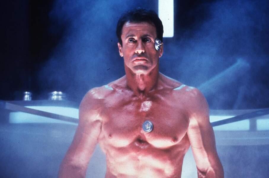 Demolition Man (1993) : Pardon Sylvester mais tu as un objet sur la tempe