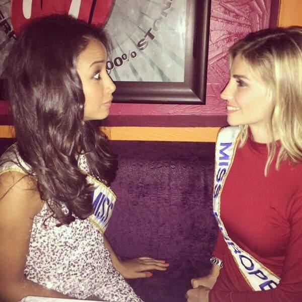 Nous sommes tombés sur une discussion entre deux jeunes femmes.