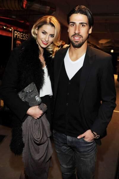 Accessoirement, elle est la compagne de l'Allemand du Real Madrid, Sami Khedira...