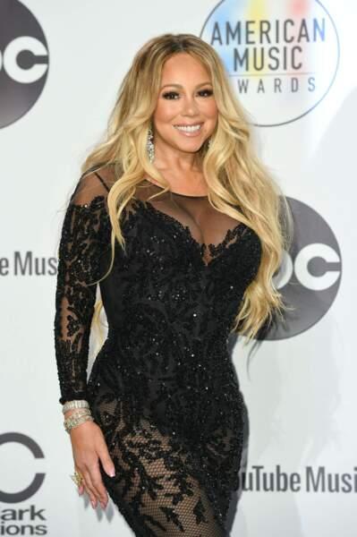 Mariah Carrey glamour en dentelle noire