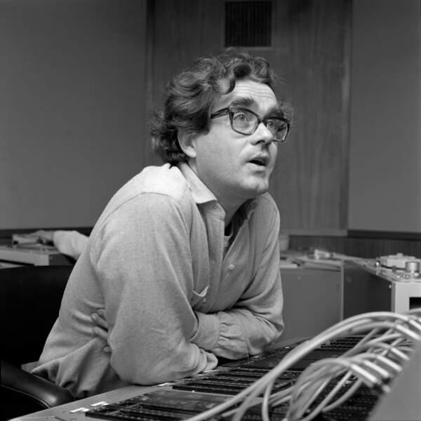 Parallèlement, Michel Legrand poursuit d'autres aventures musicales. Ici au studio Polydor en 1969…
