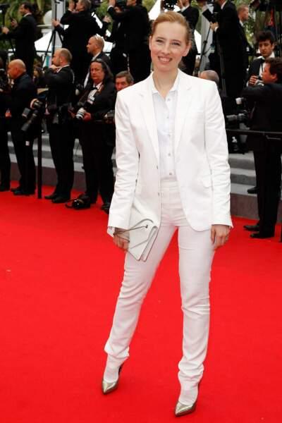 Isild Le Besco, version soirée. Vous aimez le total look blanc ?