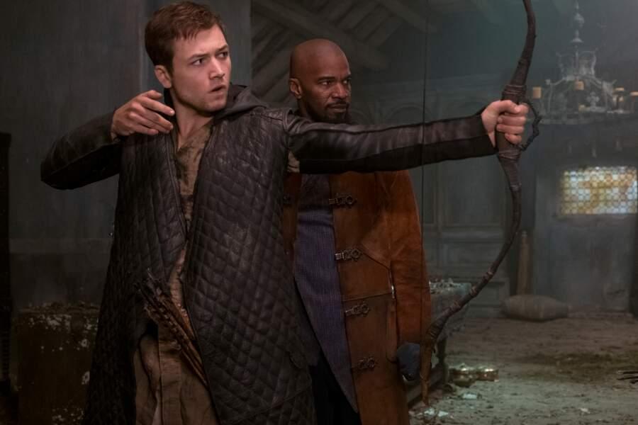 Pour être prêt à se battre, Jean, son mentor, lui enseigne l'art des attaques furtives et du tir à l'arc