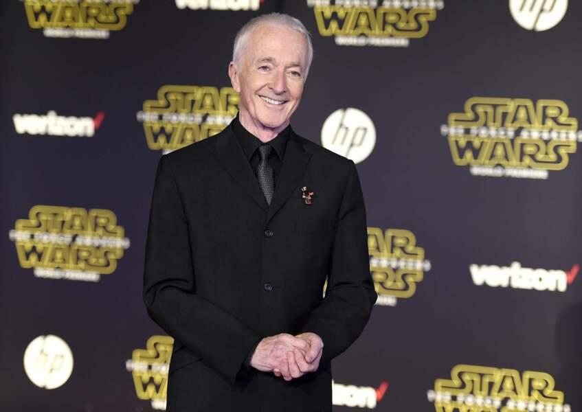 Anthony Daniels se cache sous le costume de C-3PO depuis le premier Star Wars