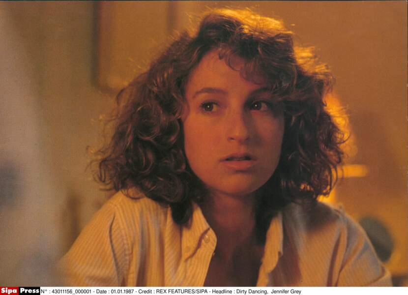 De 1988 à 1989, Johnny Depp se met en couple avec Jennifer Grey, l'actrice de Dirty Dancing