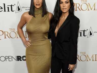 The Promise : Les soeurs Kardashian, sexy, font vibrer le tapis rouge à l'avant-première du film (18 PHOTOS)