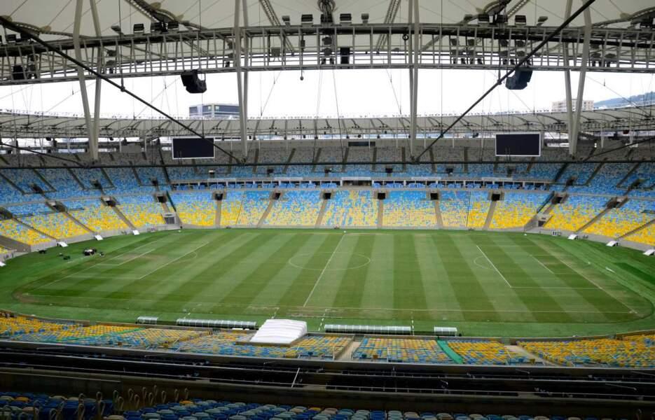 Stade Maracanã (Rio de Janeiro) 76 804 places