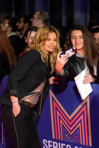 Toujours aussi proche de ses fans, Ingrid Chauvin a pris plaisir à faire des selfies avec ses fans