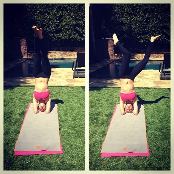 Le yoga est son autre passion.