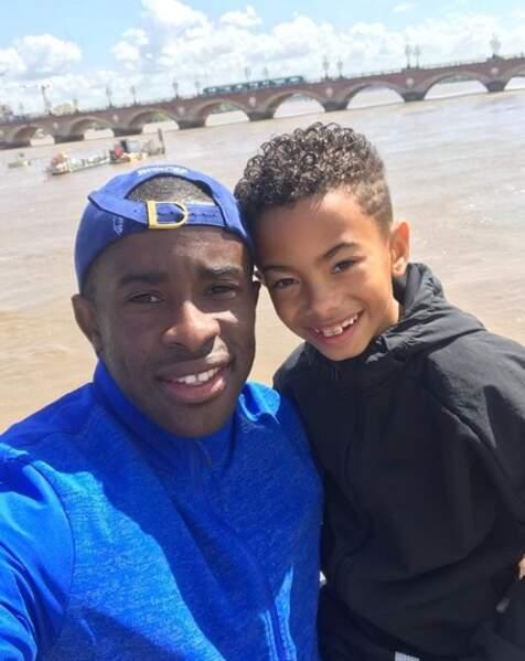 Selfie père-fils pour Rio Mavuba et son fils Tiago.
