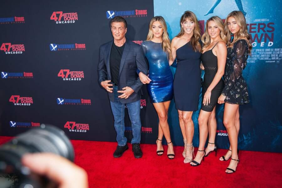 Sly avec Sistine, Jennifer Flavin, Sophia et Scarlet