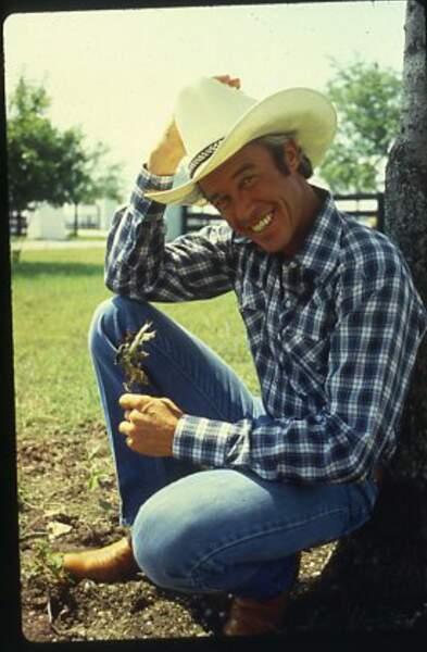 Ray Krebbs (Steve Kanaly), le séduisant cow-boy