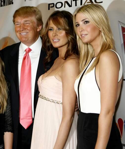 Un papa fier de l'aînée de ses filles : Ivanka (à droite)