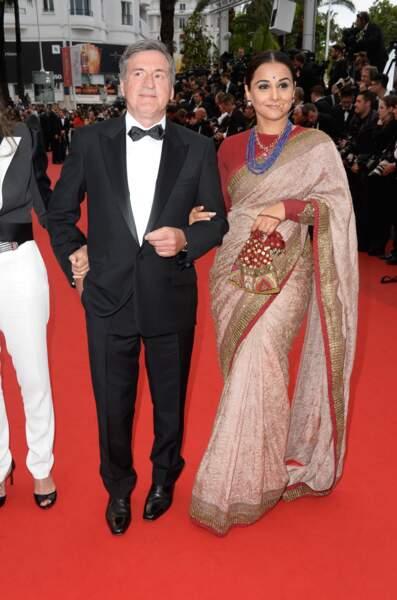 Daniel Auteuil avec une danseuse folklorique ? Ah non pardon, c'est la membre du jury, l'indienne Vidya Balan.
