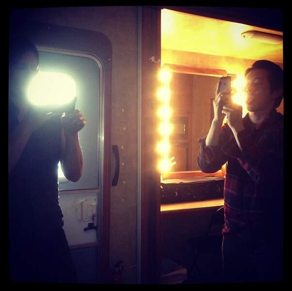 Carl prend en photo Glenn qui prend en photo Daryl qui prend en photo Carl #lecercledelavie