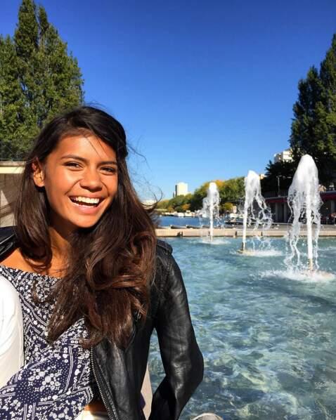 Quand elle est à Paris, elle a toujours le sourire