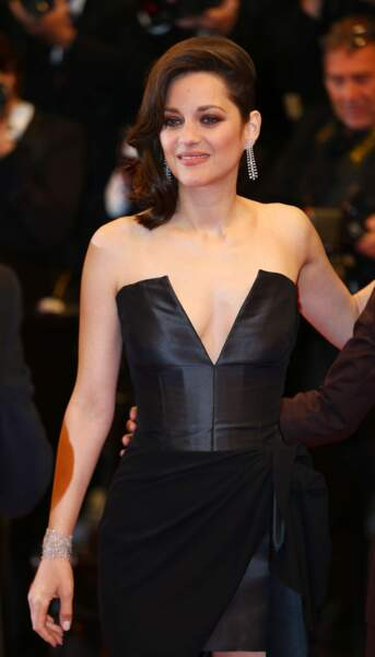 Marion Cotillard comme toujours très élégante sur tapis rouge
