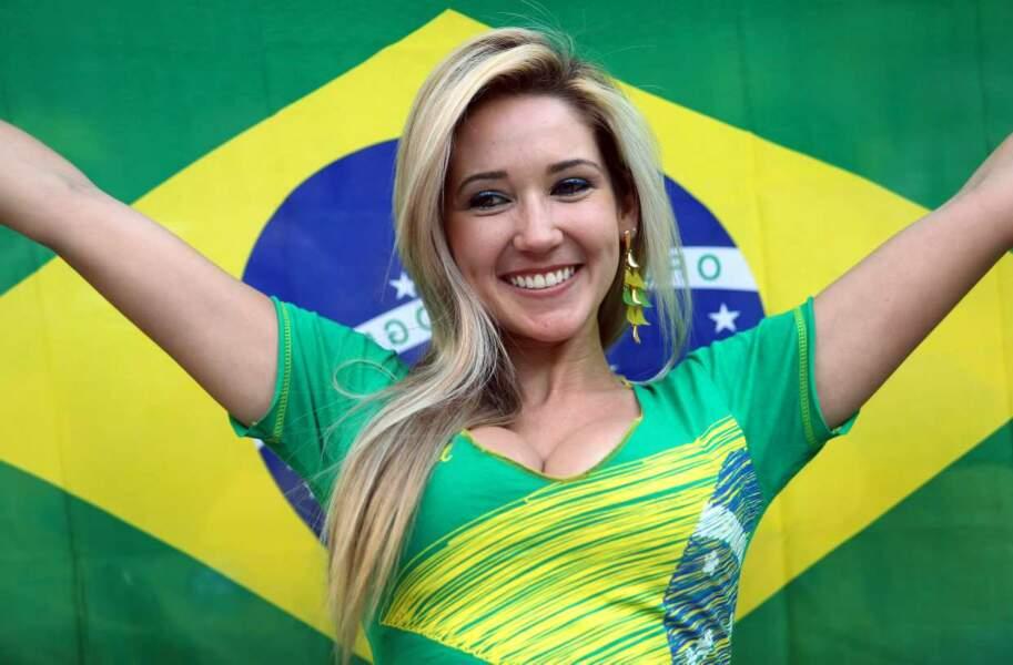 Une charmante supportrice brésilienne