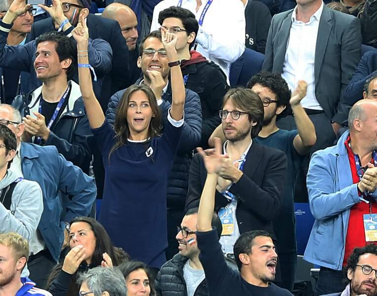 Ophélie Meunier et son compagnon Mathieu se lèvent pour les Bleus
