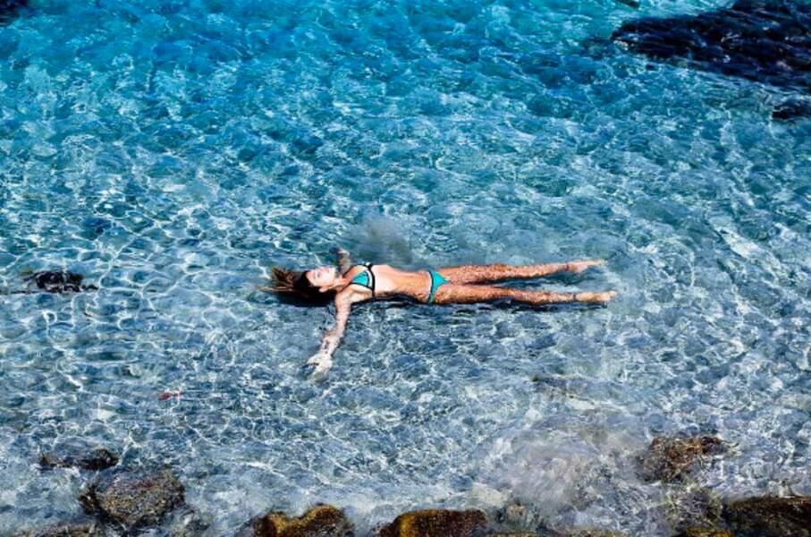 Comme un poisson dans l'eau : Thylane Blondeau en Corse.