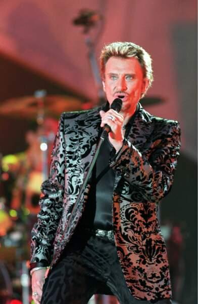 2000 : Nouveau millénaire, nouvelle veste, nouveau look... nouvelle vie ?